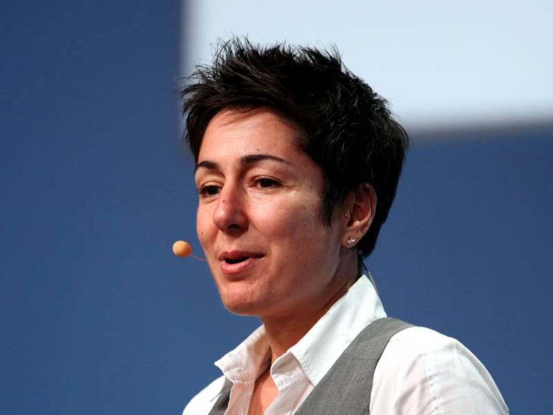 Dunja Hayali Hat Fast Taeglich Mit Rassismus Zu Tun