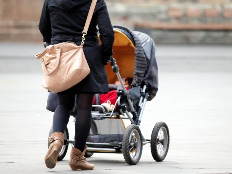 Geburtenziffer Auf 154 Kinder Je Frau Gesunken