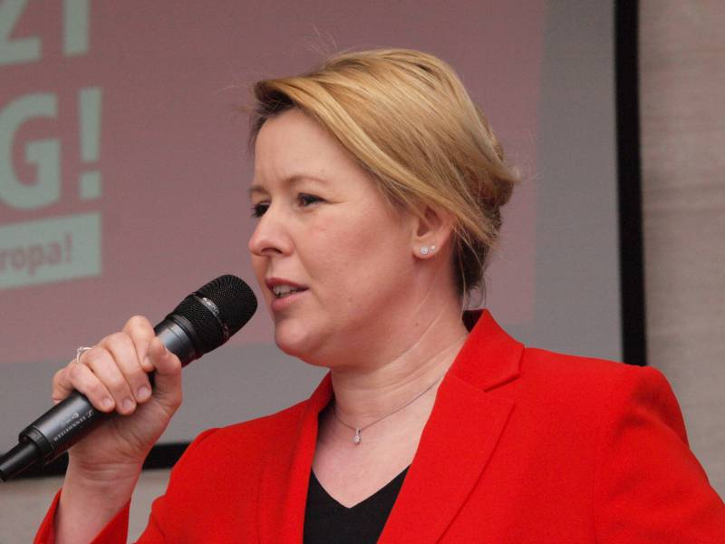 giffey-will-als-spd-chefin-wirtschaftsfreundlichen-kurs-in-berlin Giffey will als SPD-Chefin wirtschaftsfreundlichen Kurs in Berlin Politik & Wirtschaft Überregionale Schlagzeilen  Presse Augsburg