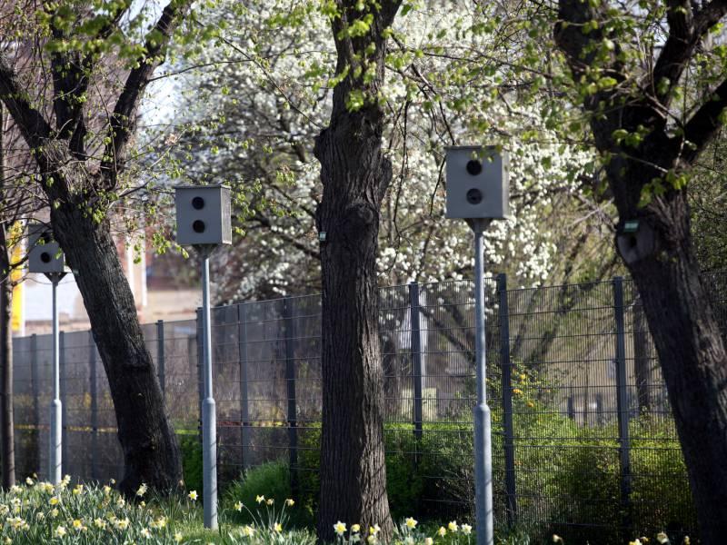 Hamburgs Polizei Beklagt Zunehmenden Vandalismus Gegen Blitzanlagen