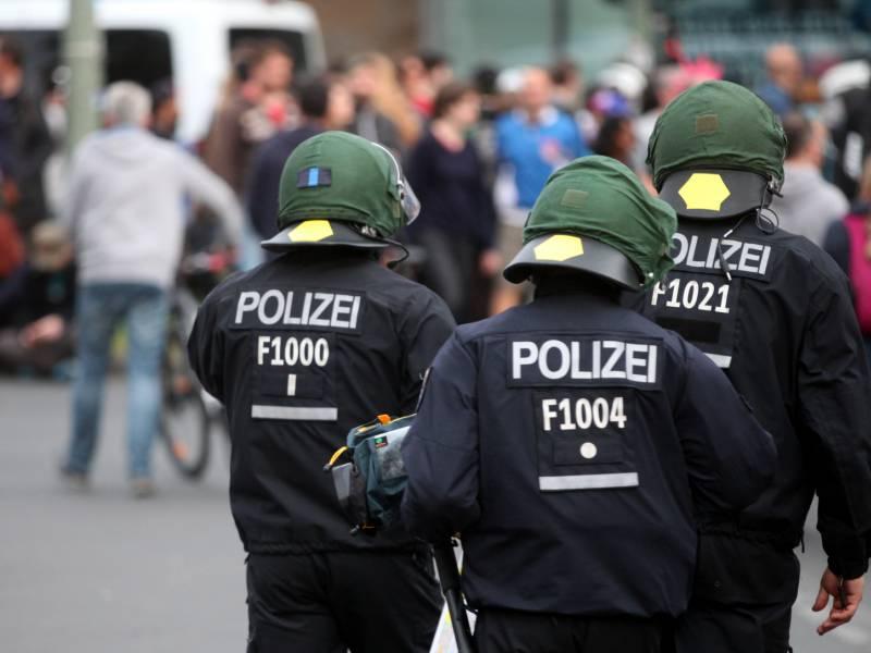 Koelner Ob Fuerchtet Entfremdung Zwischen Buergern Und Staat