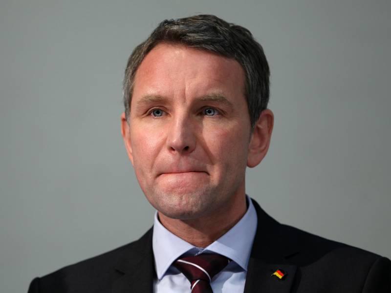 Meuthen Hoecke Soll Endlich Fuer Den Bundesvorstand Kandidieren