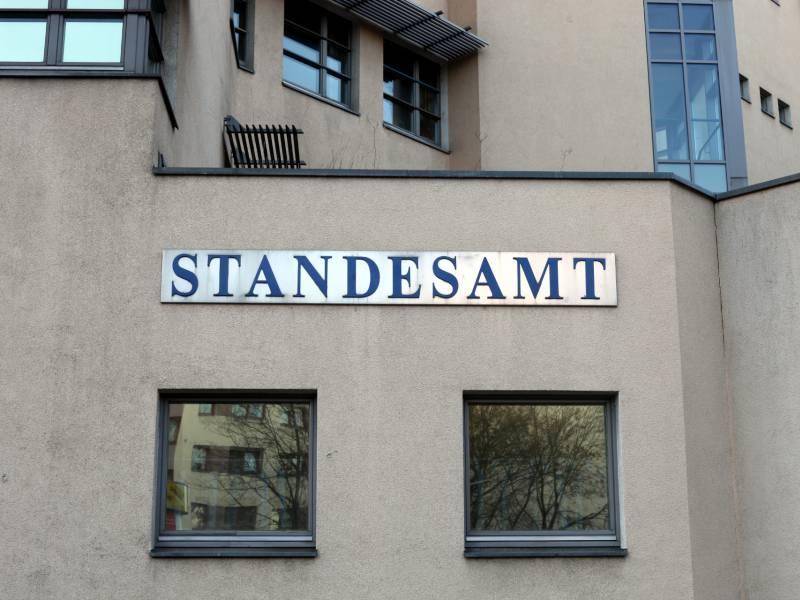 Polizei Stuttgart Wehrt Sich Gegen Kritik