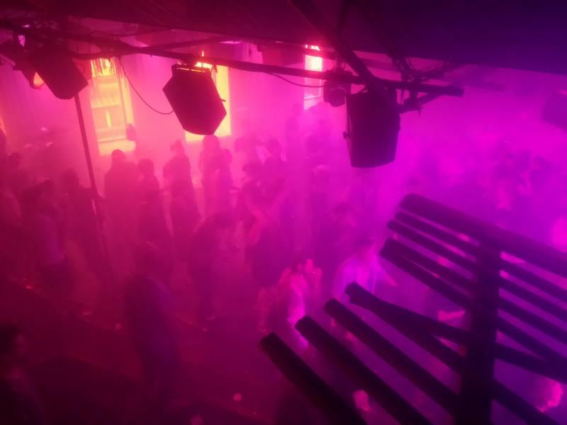 Stuttgarter Clubbetreiber Legt Oeffnungskonzept Vor