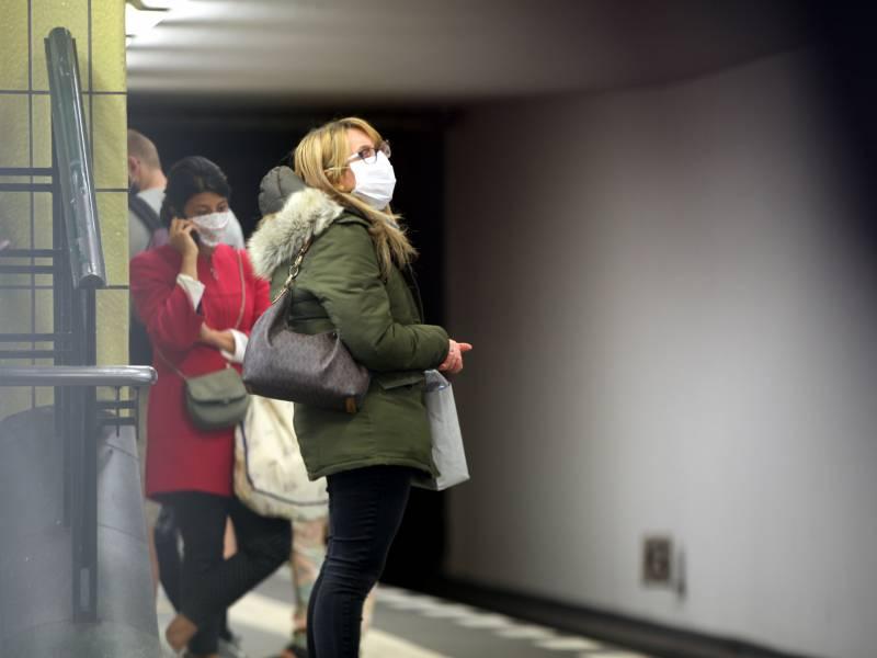 Umfrage Coronakrise Belastet Viele Menschen Psychisch