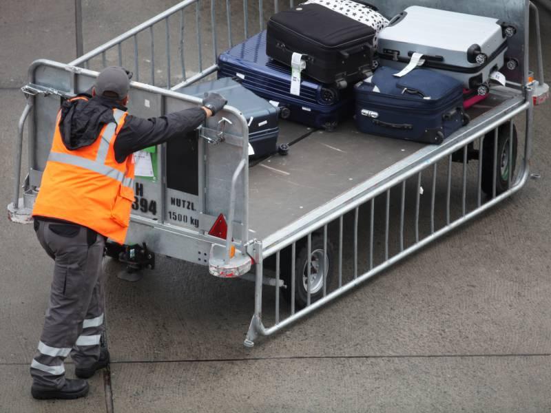 Verkehr An Flughaefen Legt Nur Langsam Zu