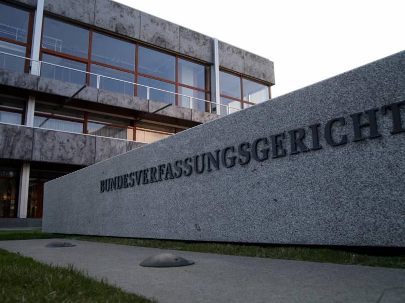 woidke-lobt-wahl-der-ersten-ost-verfassungsrichterin Woidke lobt Wahl der ersten Ost-Verfassungsrichterin Politik & Wirtschaft Überregionale Schlagzeilen  Presse Augsburg