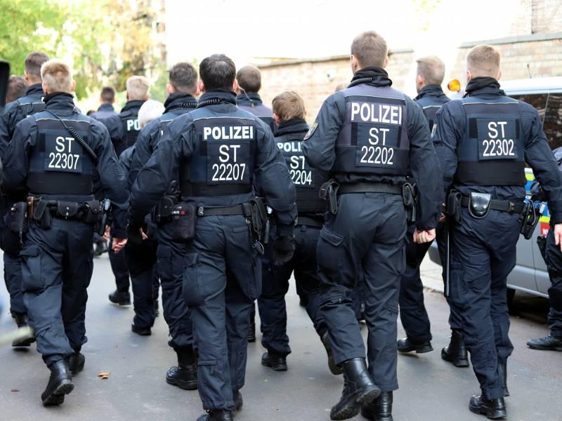 400 Rechtsextremismus Verdachtsfaelle Bei Der Polizei