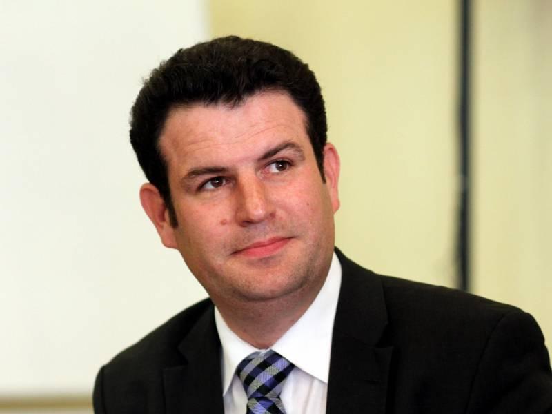 Arbeitsminister Will Kurzarbeiterregelung Bis 2022 Verlaengern