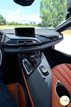 bmw_i8r_123-279x420 Von der Vision zur Ikone |Der BMW i8 Roadster im Presse Augsburg-Test Augsburg Stadt Bildergalerien Freizeit News Newsletter Region Technik & Gadgets BMW i8 Elektrofahrzeug i8 Roadster Test |Presse Augsburg