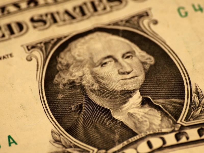 Commerzbank Rechnet Mit Weiterem Dollar Verfall