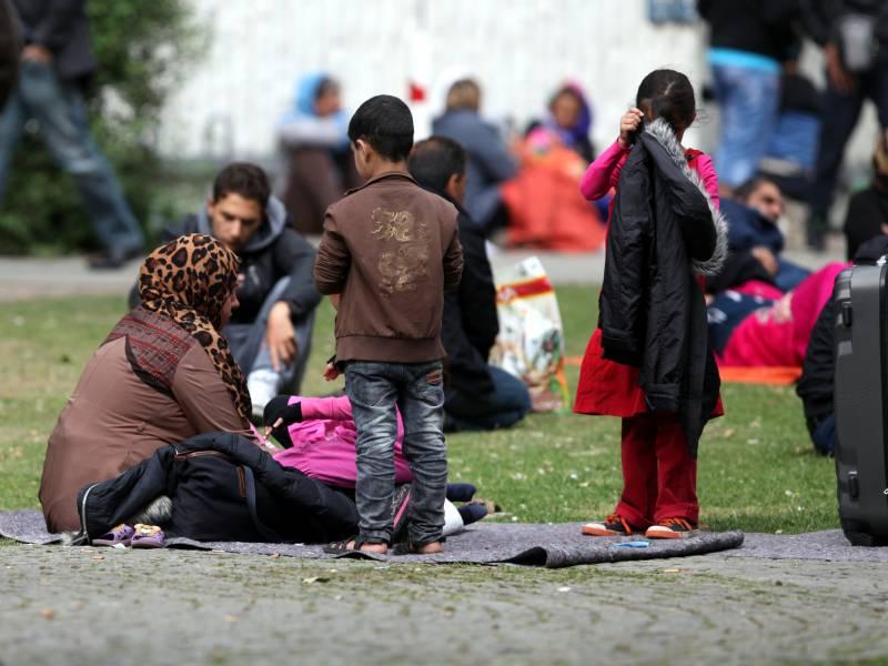 De Maiziere Verteidigt Politik In Fluechtlingskrise 2015