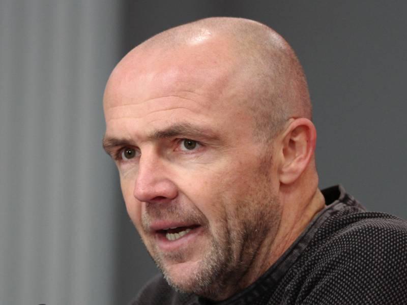 Ex Hoffenheim Coach Schreuder Wird Co Trainer Beim Fc Barcelona
