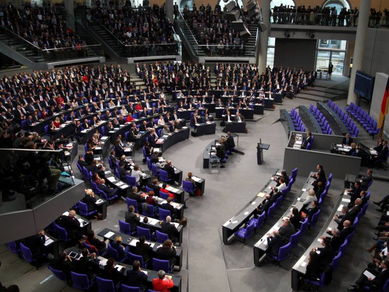 Experten Bundestag Koennte Auf Rund 780 Abgeordnete Wachsen