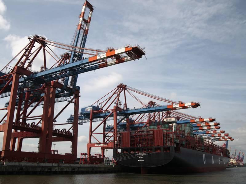 Exporte Und Importe Ziehen Wieder Deutlich An
