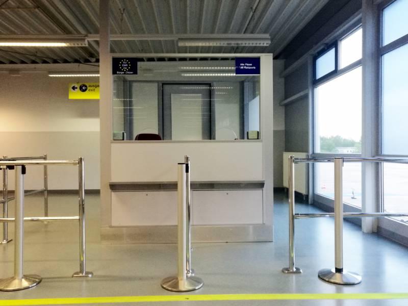 Flughaefen Erwarten Nach Spanien Beschluss Andrang Auf Testzentren