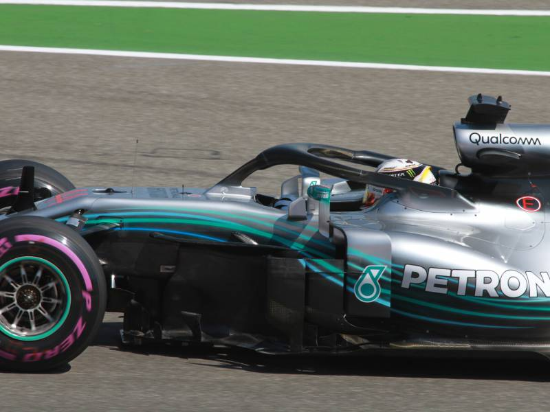 Formel 1 Hamilton Holt Pole In Spa