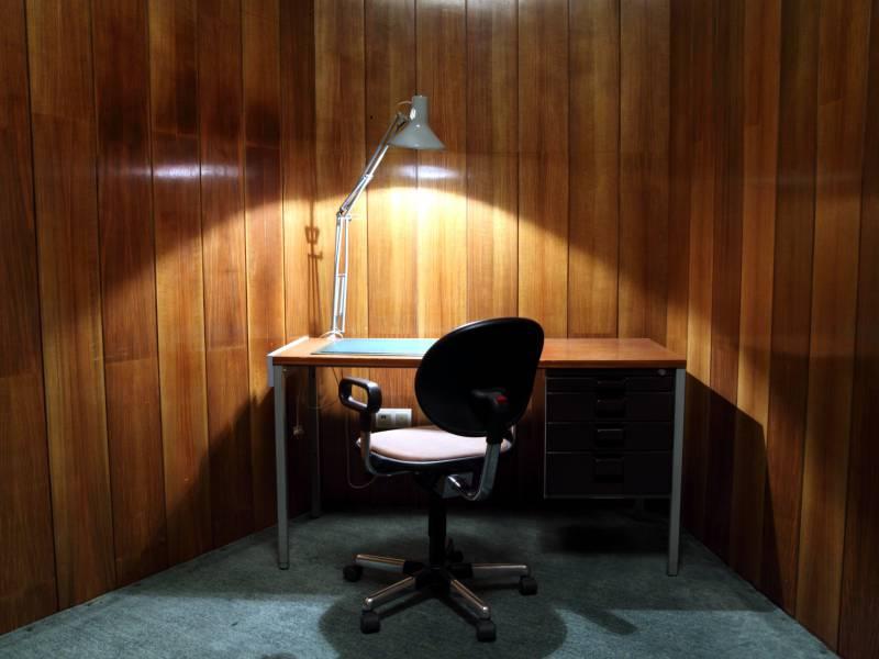 Jeder Zweite Schreibtisch In Dax Unternehmen Bleibt Leer
