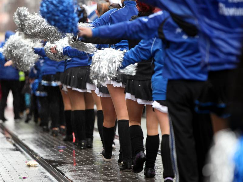 Merz Karnevalsabsage Aktuell Zu Frueh