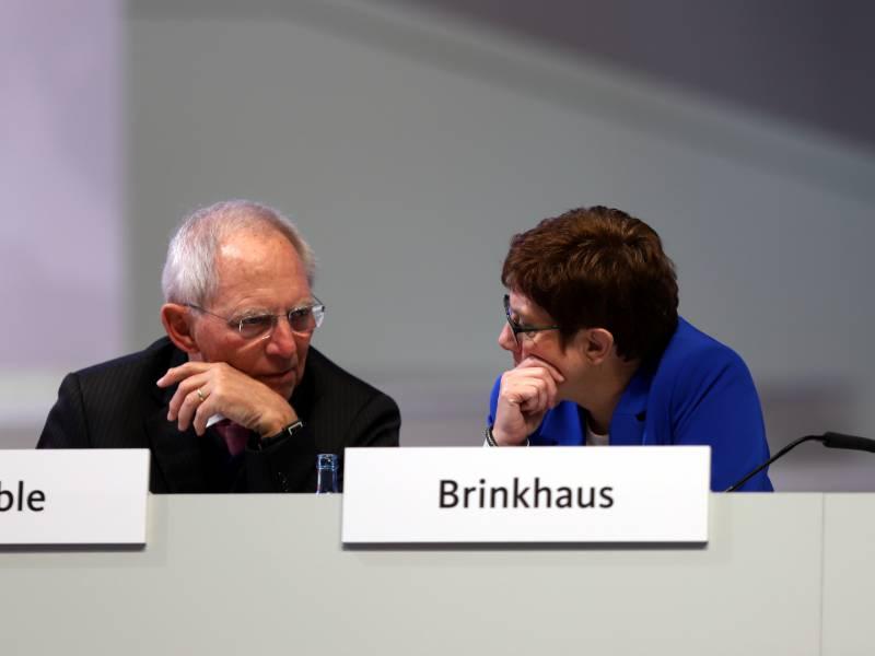 Schaeuble Wollte Akk Als Cdu Chefin Im Amt Halten