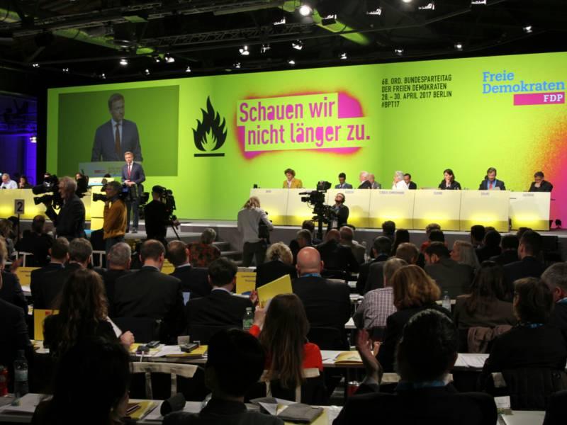 Scholz Empfiehlt Fdp Rueckbesinnung Auf Sozialliberale Werte