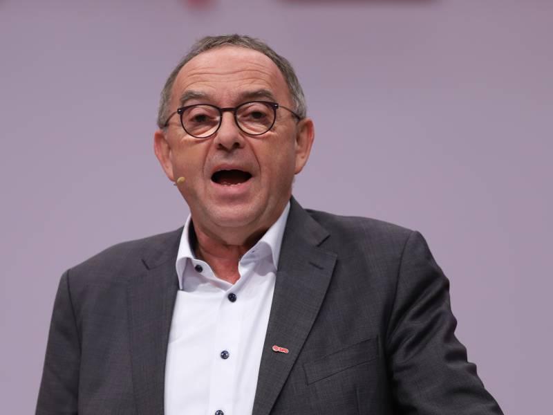 Spd Chef Bereit Fuer Koalition Mit Linkspartei