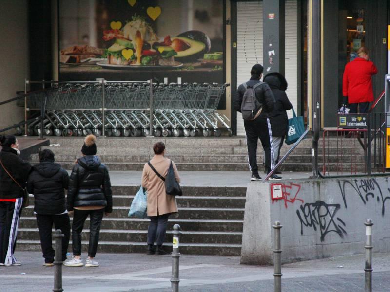 Supermarkt Mitarbeiter Verdienen Real Weniger Als Vor 10 Jahren