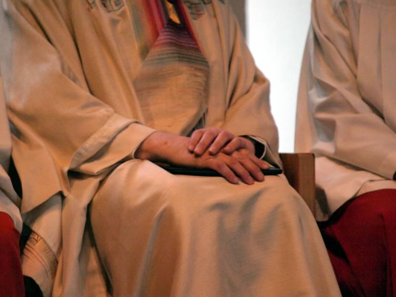 Aktivist Politik Muss Missbrauchsopfer In Kirche Unterstuetzen