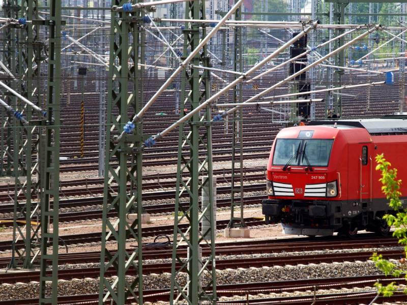 Bahn Soll Staatshilfen Nur Bei Zuegigem Glasfaserausbau Erhalten