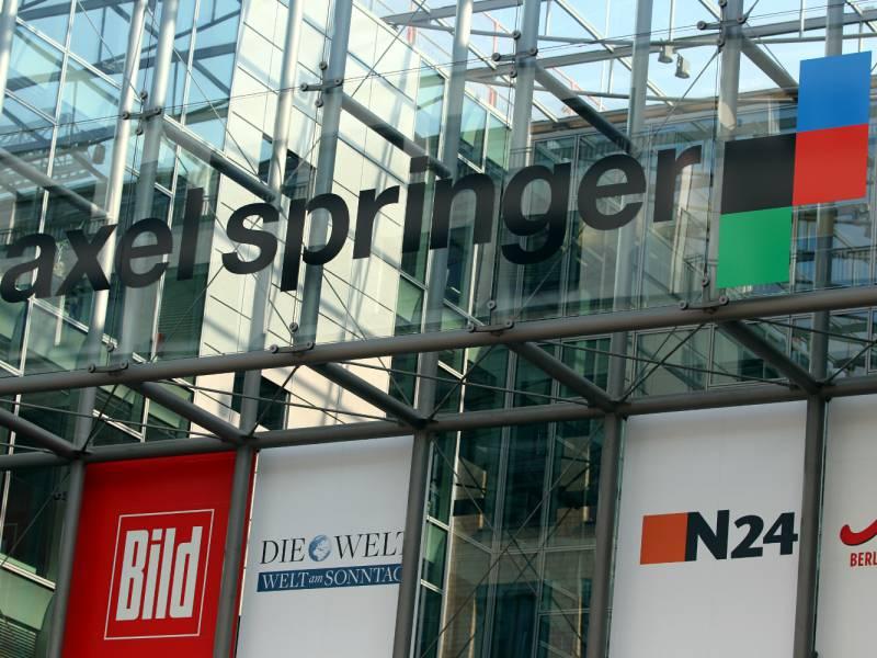 Friede Springer Hat Manchmal Mitleid Mit Politikern