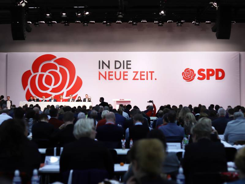 klingbeil-und-kuehnert-wollen-kurs-der-spd-langfristig-mitbestimmen Klingbeil und Kühnert wollen Kurs der SPD langfristig mitbestimmen Politik & Wirtschaft Überregionale Schlagzeilen |Presse Augsburg