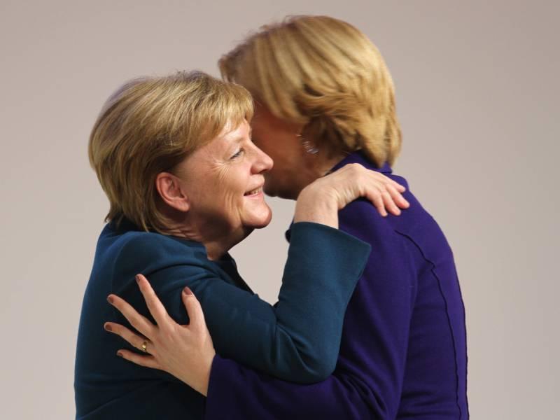 Kloeckner Natuerlich Werden Wir Angela Merkel Vermissen