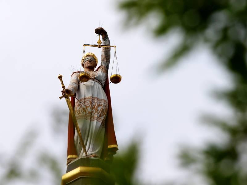 Landes Justizminister Fordern Mehr Bundes Hilfen Fuer Personal