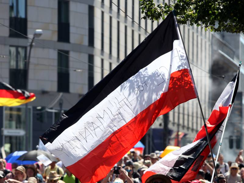 Thueringer Verfassungsschutz Corona Demo Erfolg Fuer Rechte Szene
