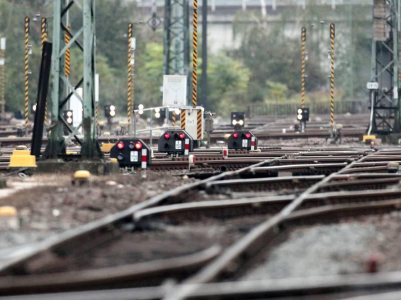 Um Und Ausbau Von Bahnstrecken Wird Zum Finanziellen Kraftakt