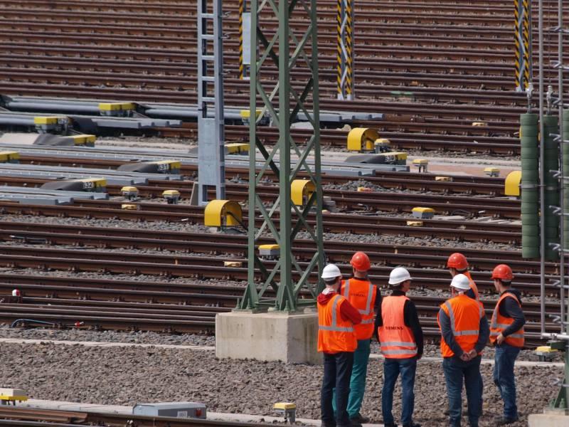 Unionsfraktionsvize Kritisiert Kurzarbeitergeld Verlaengerung