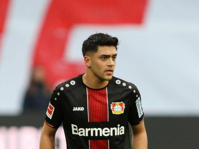 1 Bundesliga Leverkusen Schlaegt Augsburg