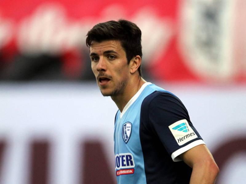 2 Bundesliga Bochum Gewinnt In Ueberzahl Gegen Aue