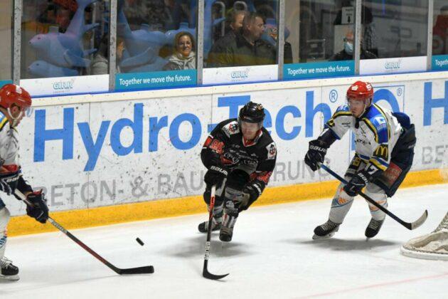 Anton-630x420 Erster Saisonsieg für den EHC Königsbrunn - Pinguine bezwingen Schweinfurt Bildergalerien Landkreis Augsburg mehr Eishockey News Sport EHC Königsbrunn Schweinfurt Mighty Dogs |Presse Augsburg