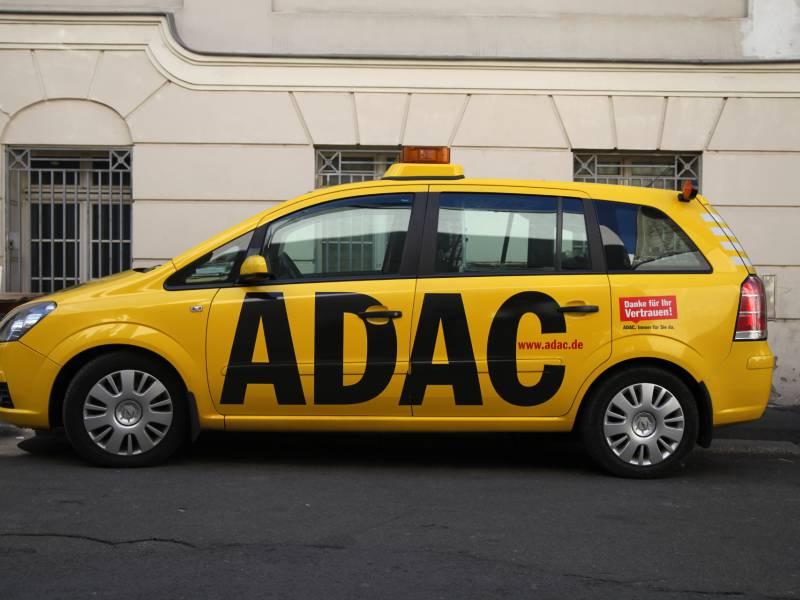 Adac Verliert Erstmals Seit Jahren Mitglieder