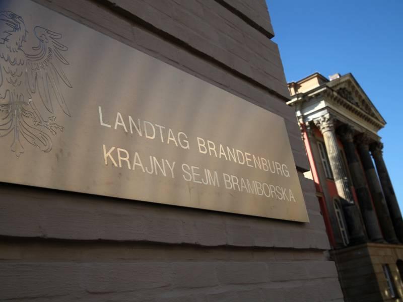 Auch Brandenburgs Paritaetsgesetz Fuer Verfassungswidrig Erklaert