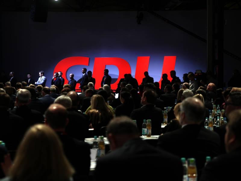 Bericht Cdu Vorstand Behaelt Sich Parteitag Im Januar Vor