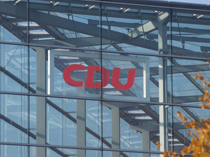 Bericht Spitzentreffen In Cdu Zentrale Zum Parteitag