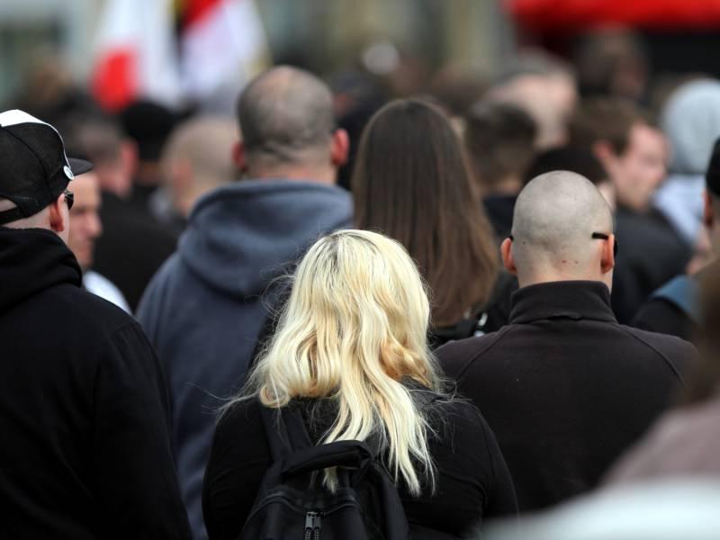 Bka Zahl Rechtsextremistischer Gefaehrder Erneut Gestiegen
