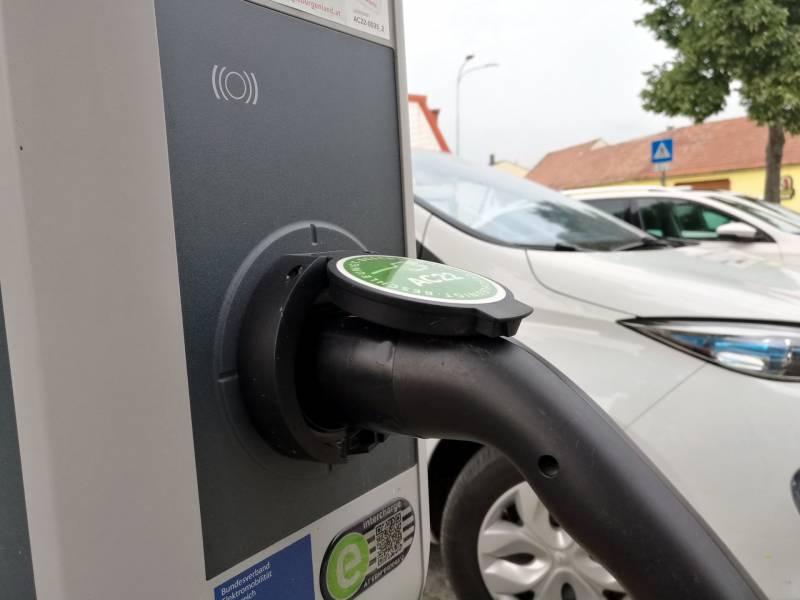 Bundesregierung Erlaubt Wieder Doppelfoerderung Bei Elektroautos