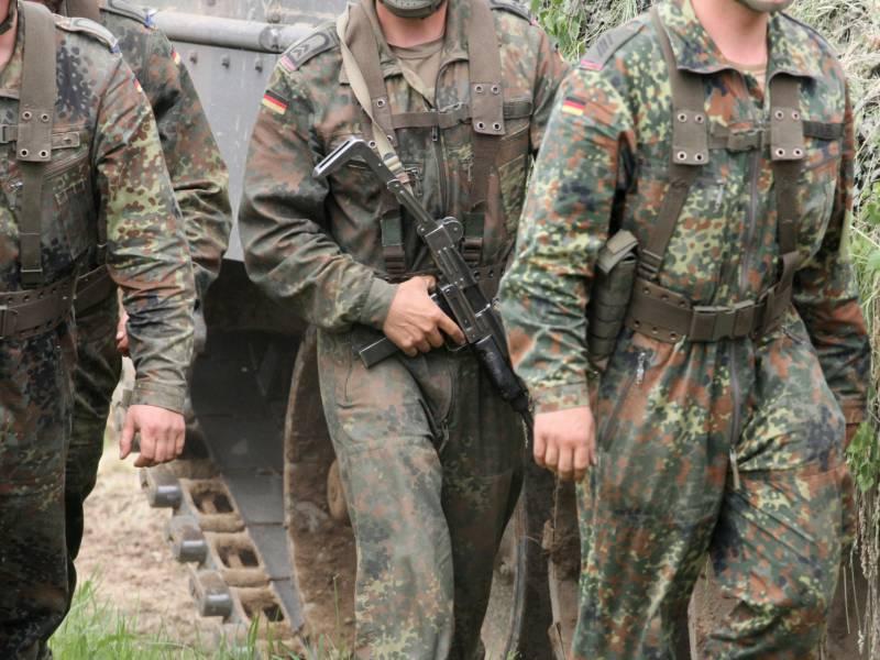 Bundestag Stimmt Fuer Verlaengerung Des Bundeswehr Einsatzes Im Irak