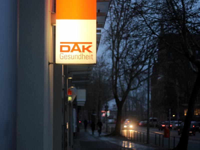 dak-chef-fuer-laenderspezifischen-pflege-deckel DAK-Chef für länderspezifischen Pflege-Deckel Politik & Wirtschaft Überregionale Schlagzeilen |Presse Augsburg