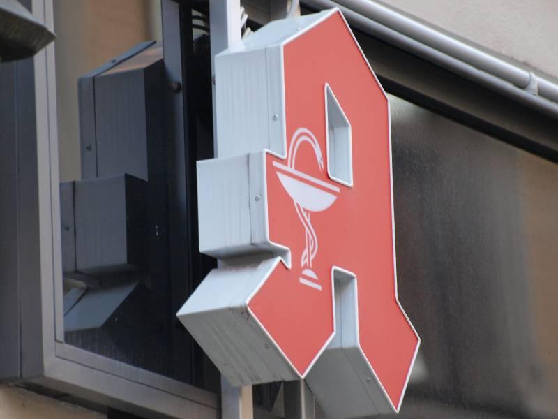 Eu Kommission Gibt Gruenes Licht Fuer Spahns Apotheken Gesetz