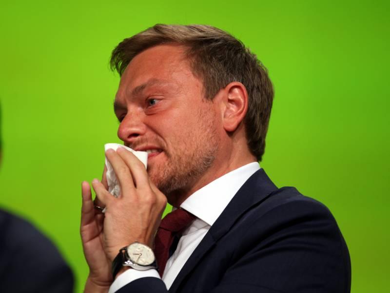 Fdp Chef Lindner Von Emma Zum Groessten Sexisten Des Jahres Gekuert
