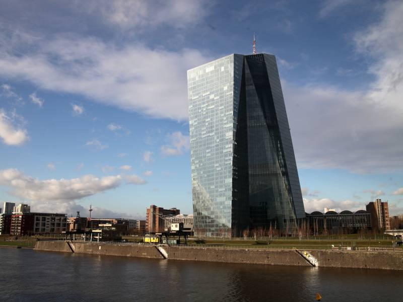 frankreichs-zentralbank-schliesst-staerkere-ezb-massnahmen-nicht-aus Frankreichs Zentralbank schließt stärkere EZB-Maßnahmen nicht aus Politik & Wirtschaft Überregionale Schlagzeilen |Presse Augsburg